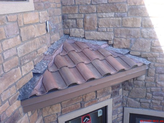 Poor Roof to Wall Photo 4